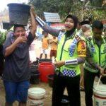 Lagi, Polisi Bagikan 4000 Liter Air Bersih
