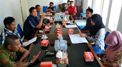 Klarifikasi soal penipuan oleh bekas Direktur Krida di Kantor DPRD Kota Bima. Foto: Bin