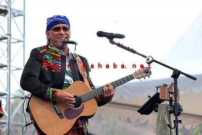 Konser Iwan Fals dan Band di Kota Bima. Foto: Bin