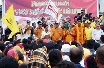 Pengukuhan 3000 Tim Relawan DINDA di Kecamatan Belo. Foto: Noval