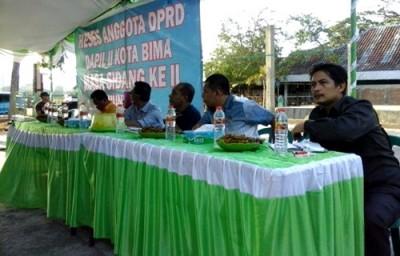 Reses Dapil 2 DPRD Kota Bima di Kelurahan Sadia. Foto: Ady