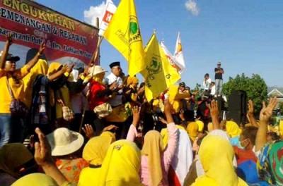 Suasana Kampanye di Kecamatan Woha. Foto: Noval