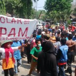 Demo SPAM di Kantor DPRD Kota Bima, Ricuh