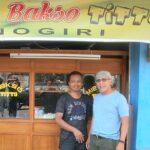 Iwan Fals Bikin Syair Buat Titto, Pedagang Bakso di Bima