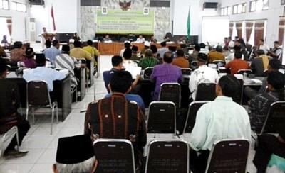 Konsultasi publik Empat Raperda Inisiatif DPRD Kabupaten Bima. Foto: Ady
