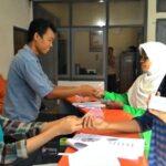1.900 Masyarakat Terima Bantuan PKH Tahap Tiga