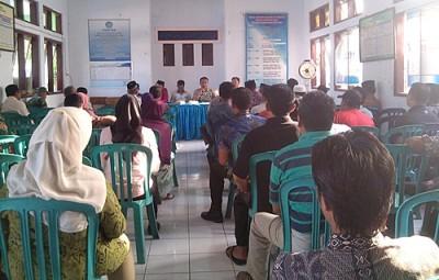 Pertemuan Jajaran Kelurahan Sarae bersama 128 Pemilik Kos, bahas tentang aturan Kos. Foto: Eric