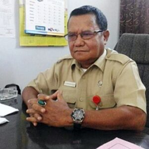 Tayeb Cuekin Ketua Dewan, Sekwan Geram