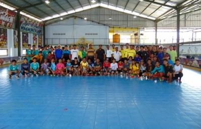 Foto bersama seluruh tim dan panitia. Foto: Ady