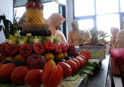 Hasil kreasi DWP dari buah dan sayur. Foto: Ady