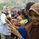 Pasangan DINDA Kembali Blusukan di Ambalawi
