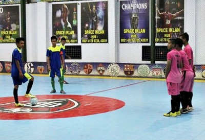 Pertandingan Final Futsal Ulet Jaya mempertemukan SMKN 1 Kota Bima Vs MAN 2 Kota Bima. Foto: Bin