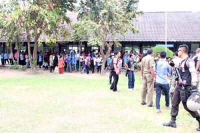 Suasana usai bentrok siswa SMA 2 dan SMKN 3 Kota Bima. Foto: Deno