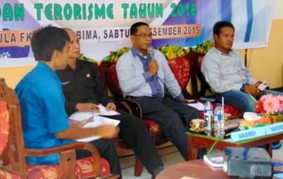 Dialog Refleksi Akhir Tahun KNPI Kota Bima. Foto: Ady
