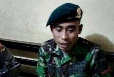 Ihwan saat diamankan di kantor Polres Bima Kota. Foto: Bin