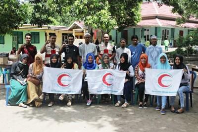 Foto bersama BSMI Kota Bima dengan Pengurus Ponpes Imam Safi'i usai kegiatan. Foto: Bin