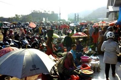 Kondisi Pasar Amahami. Foto: Ady