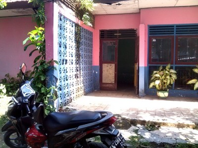 Kondisi bagian depan kantor Korwas Pendidikan Kota Bima. Foto: Eric