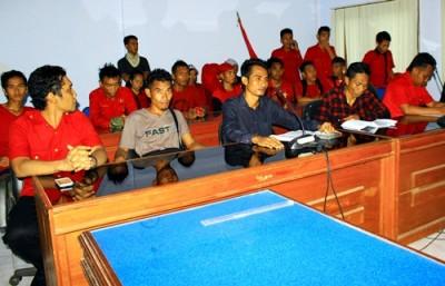 PRD saat audiensi dengan DPRD Kota Bima. Foto: Deno