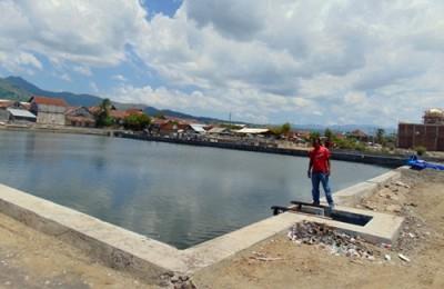 Proyek drainase primer di Tanjung yang belum berfungsi. Foto: Ady