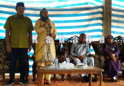 Bupati Bima terpilih saat menyampaikan sambutan. Foto: Noval