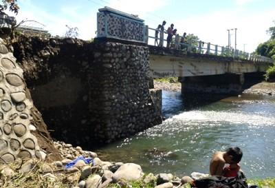 Jembatan Sungai Nae. Foto: Noval