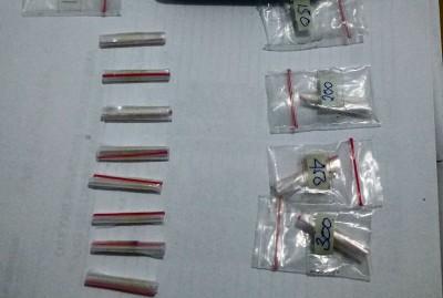 Barang bukti yang diamankan saat pesta Narkoba oknum pegawai Bandara. Foto: Deno