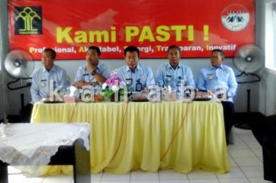 Jajaran Kakanwil Menhukam dan Kepala BNN Provinsi NTB saat sosialisasi di Rutan Bima. Foto: Deno