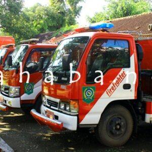 Mobil Damkar Harus Ditempatkan Tiap Kecamatan