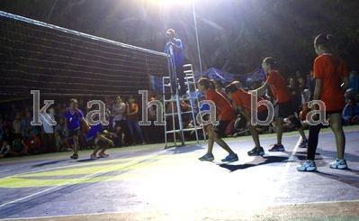 Pertandingan Final Bola Voli STIE Bima. Foto: Deno