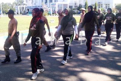 Pol PP Kota Bima saat mengikuti Pelatihan. Foto: Eric