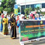 Akbid Surya Mandiri Meriahkan Pawai HUT Kota Bima ke-14