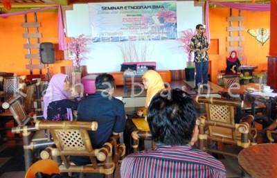 Seminar Hasil Riset Etnografi Budaya. Foto: Ady
