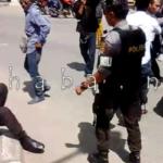 Tahan Mobil Dinas, Massa Aksi Ricuh dengan Polisi