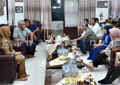 Bupati dan Wakil Bupati Bima saat menerima kunjungan jajaran Kementrian PU. Foto: Noval