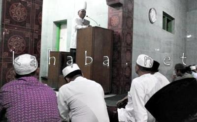 Ceramah Agama di Masjid Istiqomah Penatoi. Foto: Bin