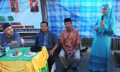 Dae Ibo saat kritik anggota DPRD Kota Bima. Foto: Bin