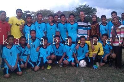 Tim Sepakbola SMPN 1 Kota Bima. Foto: Eric