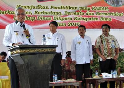Wakil Bupati Bima saat memberikan sambutan. Foto: Hum