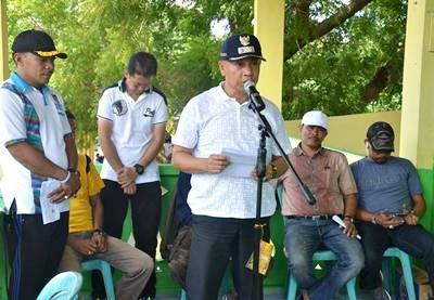 Wakil Walikota Bima saat membuka pacuan kuda. Foto: Hum