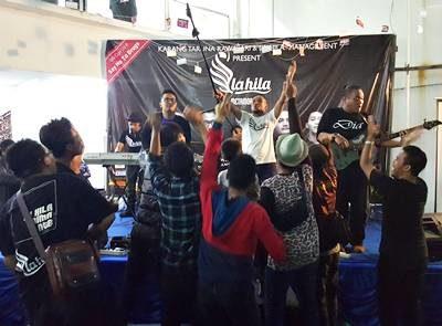 Band La Hila