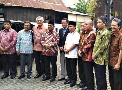 Bupati Bantaeng bersama Gubernur NTB dan Wakil Walikota dan Wakil Bupati se-NTB. Foto: Hum