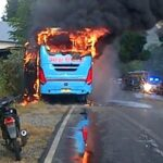 Bus Surya Kencana Angkut Siswa, Dibakar