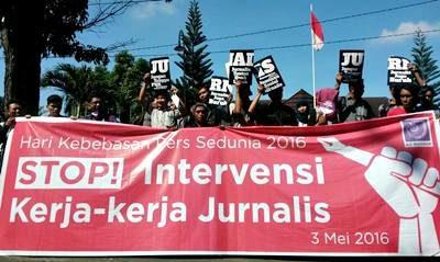 Demo Hari Kebebasan Pers Internasional
