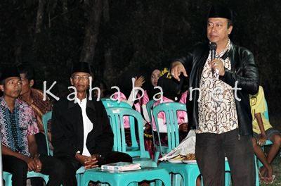 H. Sutarman Sosialisasi di hadapan warga Kelurahan Matakando. Foto: Bin