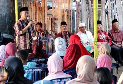 H. Sutarman saat Sosialisasi di Kelurahan Rite. Foto: Bin
