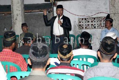 H. Sutarman saat memperkenalkan diri ddi Niu. Foto: Bin
