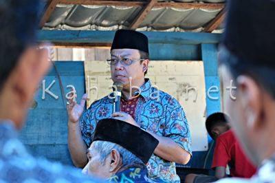 H. Sutarman saat silahturahim di Kelurahan Rabangodu Utara. Foto: Bin