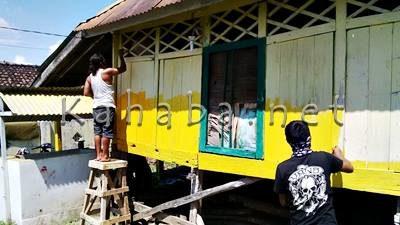 Jurnalis saat cat Langgar Kuno. Foto: Bin