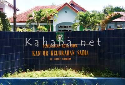 Kantor Kelurahan Sadia. Foto: Bin